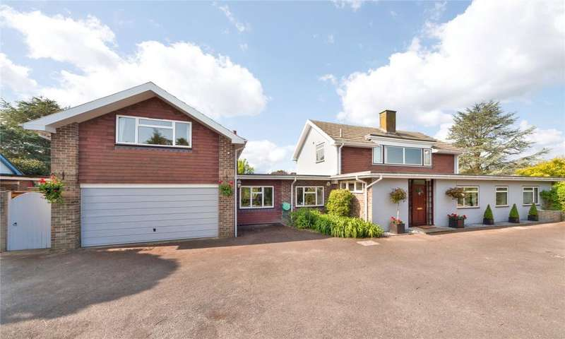 5 Bedrooms Detached House for sale in Angmering Lane, East Preston, West Sussex, BN16