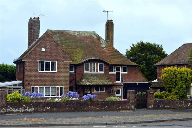 4 Bedrooms Property for sale in Eastbourne Road, Seaford, East Sussex