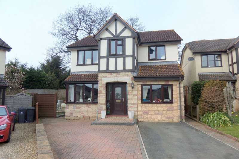 5 Bedrooms Detached House for sale in Pinn Valley Road, Pinhoe