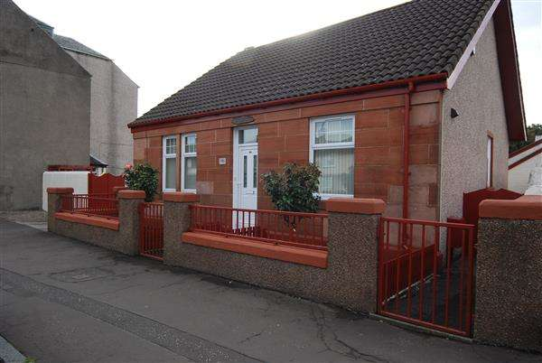 4 Bedrooms Bungalow for sale in Boglemart Street, Stevenston