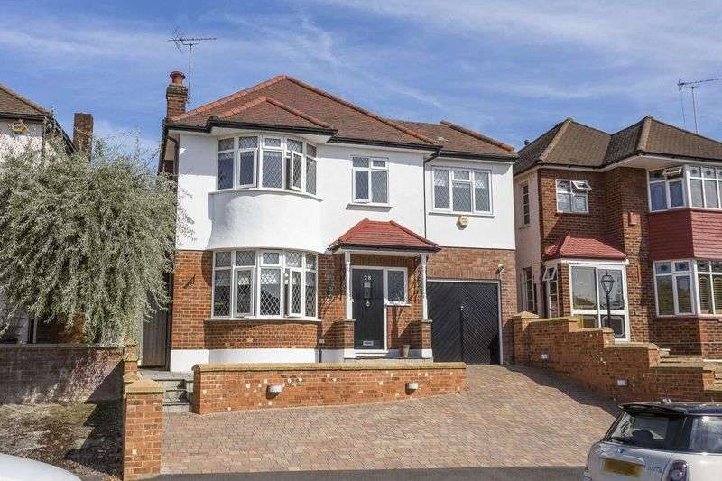 4 Bedrooms Detached House for sale in Newlands Road, Woodford Green