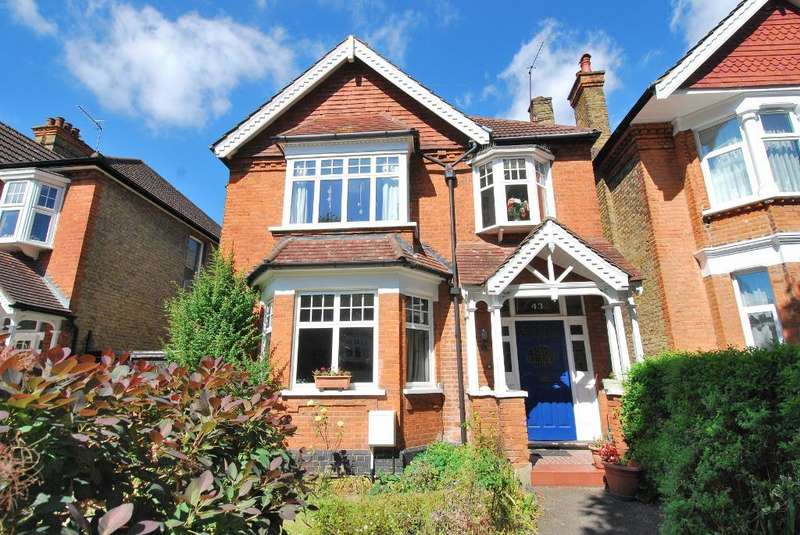 4 Bedrooms Detached House for sale in Elers Road, Ealing, London, W13 9QB