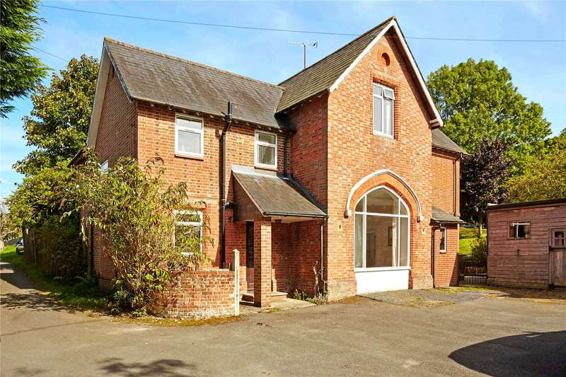 6 Bedrooms Detached House for sale in Turners Hill Road, Worth, West Sussex, RH10
