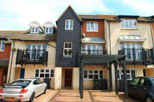 4 Bedrooms Terraced House for sale in Chatham Green, Eastbourne, East Sussex