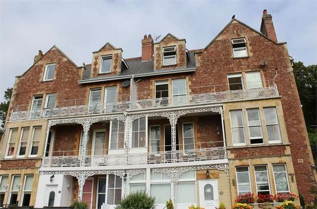 3 Bedrooms Flat for sale in Weirfield Road, Minehead, Somerset