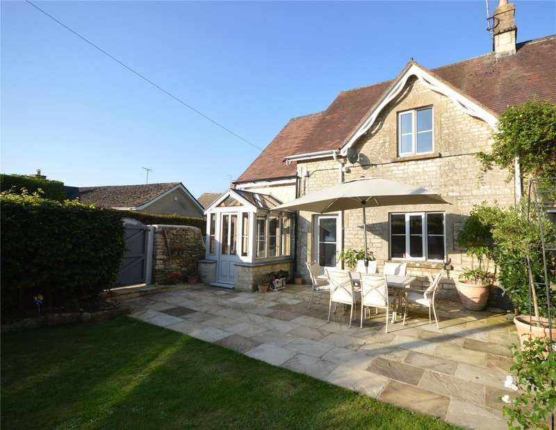 3 Bedrooms Terraced House for sale in Kingscote, Tetbury, Gloucestershire, GL8