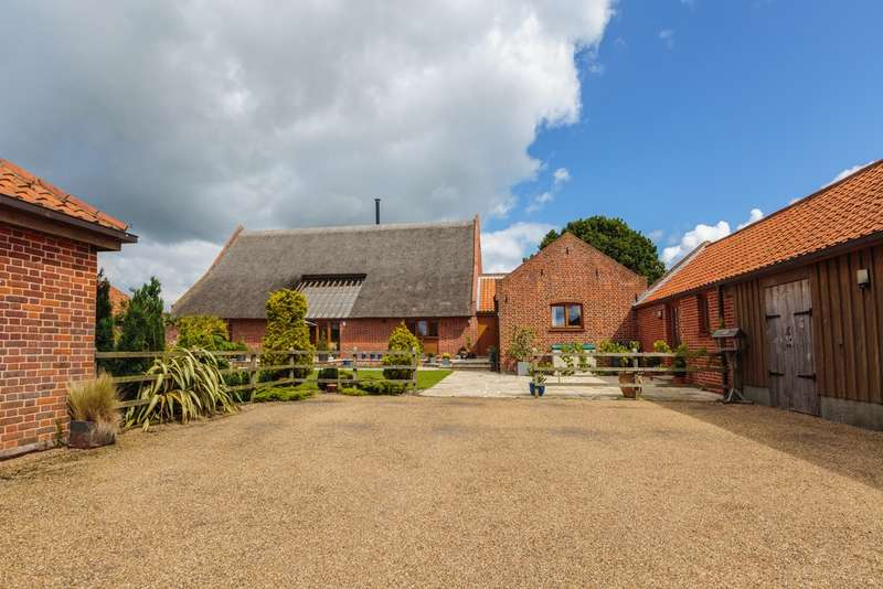 5 Bedrooms Unique Property for sale in Near Winterton