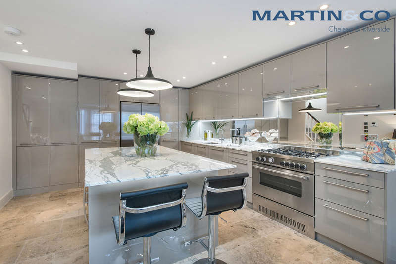 4 Bedrooms Terraced House for sale in Burnaby Street, Chelsea