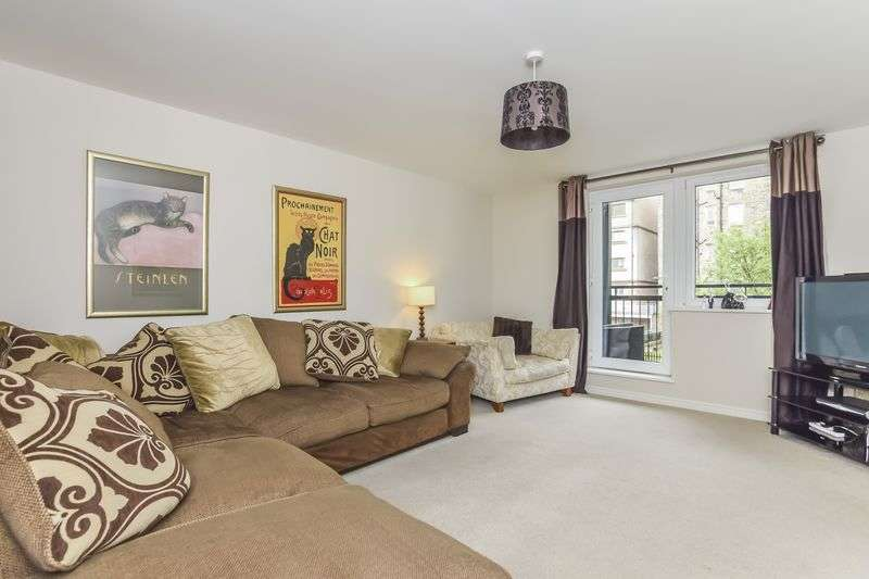 3 Bedrooms Flat for sale in Flat 22, 6 Slateford Gait, Slateford, Edinburgh, EH11 1GX