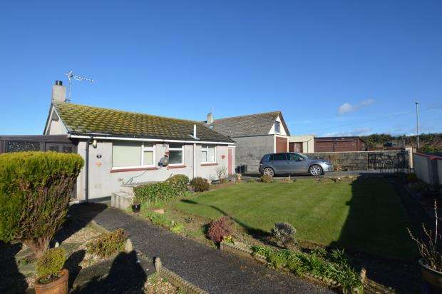 2 Bedroom Flat For Sale In Sunset Gardens Porthleven Helston Cornwall TR13