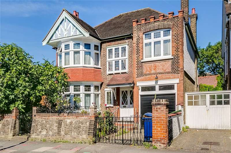 Detached house in  Carbery Avenue  London  W3  Richmond