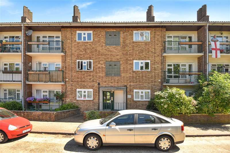 Flat in  Alexandra Avenue  Harrow  Middlesex  HA2  Richmond