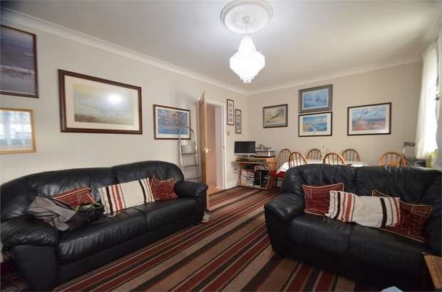 Flat in  The Hyde  London  NW9  Richmond