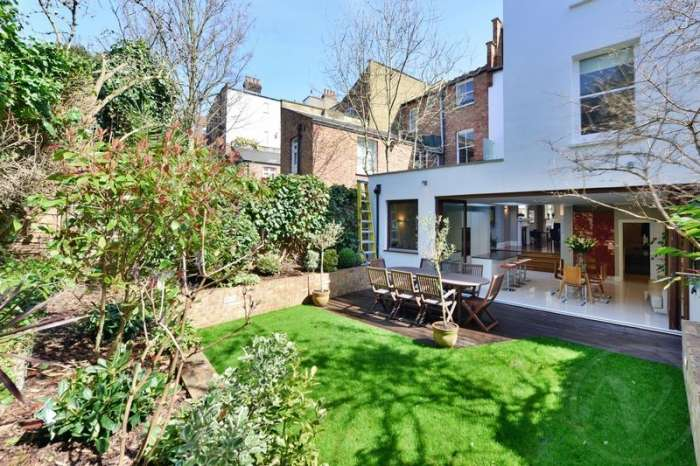 Terraced house in  Kidderpore Avenue  Hampstead  London  NW3  Richmond