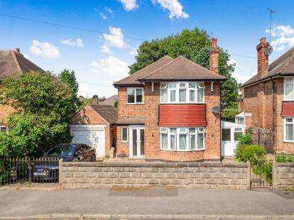 House for Sale & to Rent in Clifton South, Nottingham