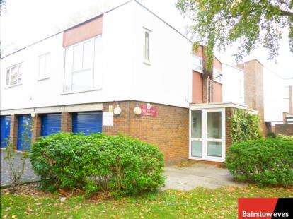 Flat in  Cherry Close  London  NW9  Richmond
