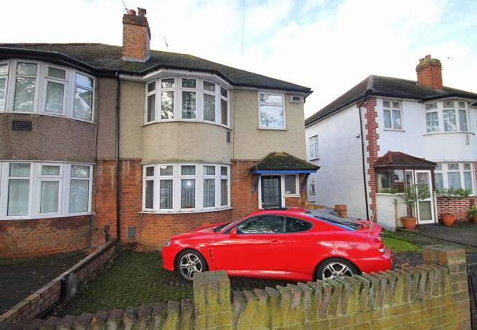Semi Detached in  Hounslow Road  Hanworth  Feltham  TW13  Richmond