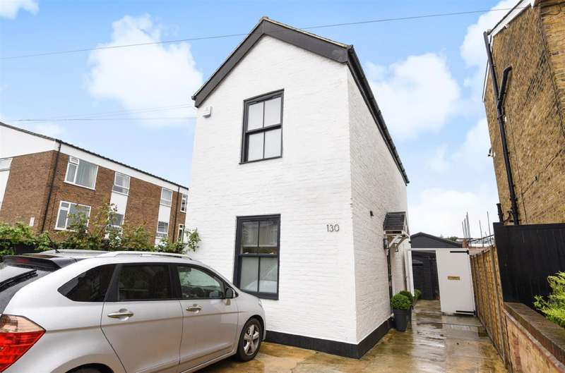 Detached house in  Acre Road  Kingston Upon Thames  KT2  Richmond