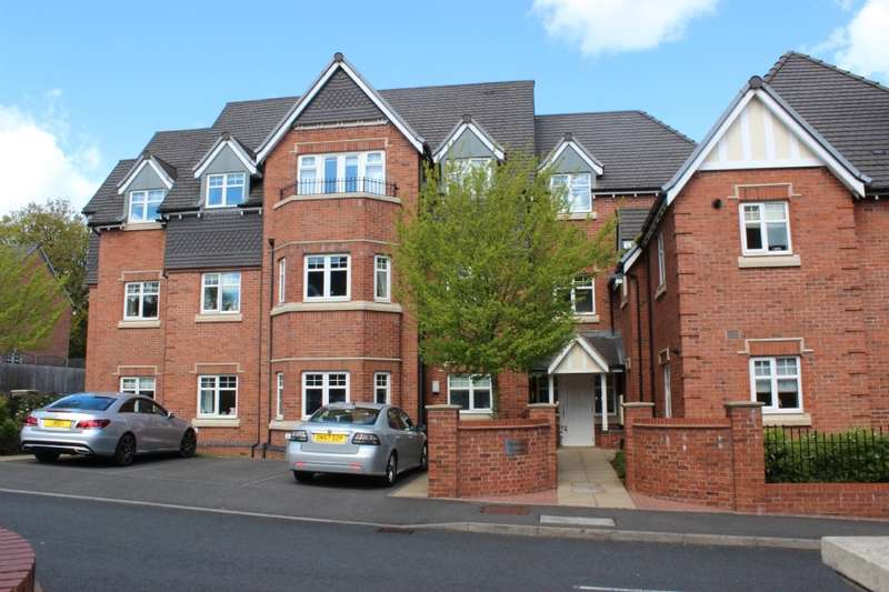 Flat in  Ryknild Drive  Sutton Coldfield  B74  West Midlands