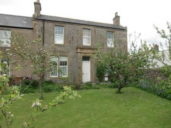 5 Bedrooms Semi Detached House for sale in 2 Bridgend, Thurso, Caithness, KW14 8PP
