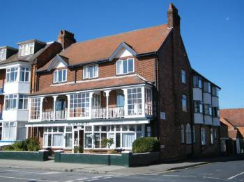 Property for sale in BEACH COURT HOLIDAY APARTMENTS, 82 SOUTH PARADE, SKEGNESS, LINCS, PE25 3HR