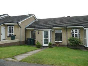 2 Bedrooms Bungalow for sale in Airedale Road, Bradford BD3 0LR