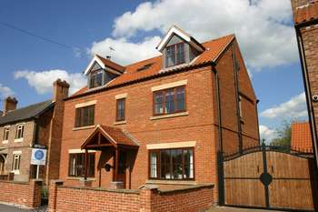 6 Bedrooms Detached House for sale in Newcastle Street, Newark