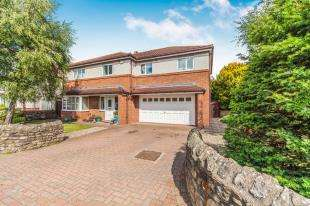 4 Bedrooms Detached House for sale in Bridge Road, Brompton on Swale, Richmond, North Yorkshire
