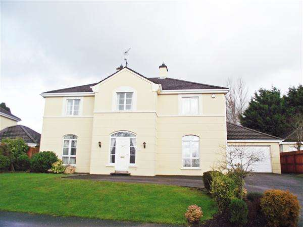 5 Bedrooms Detached House for sale in 8 Lakeside Avenue
