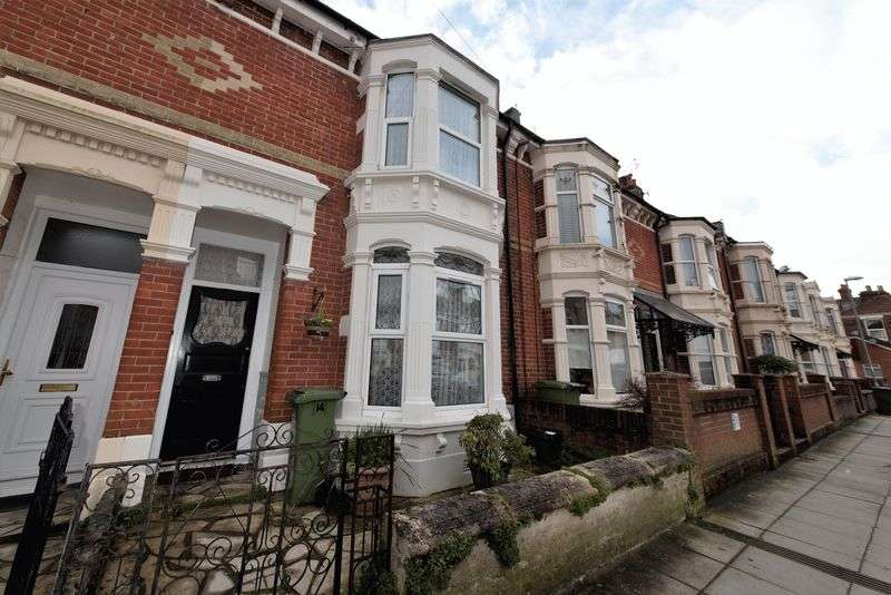 3 Bedrooms Terraced House for sale in St. Chads Avenue, North End