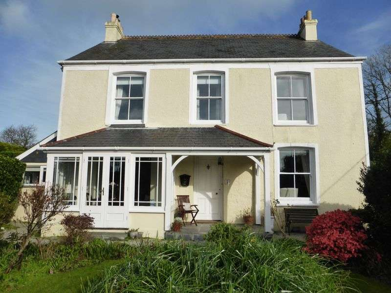 4 Bedrooms Detached House for sale in Passage Hill, Mylor Bridge