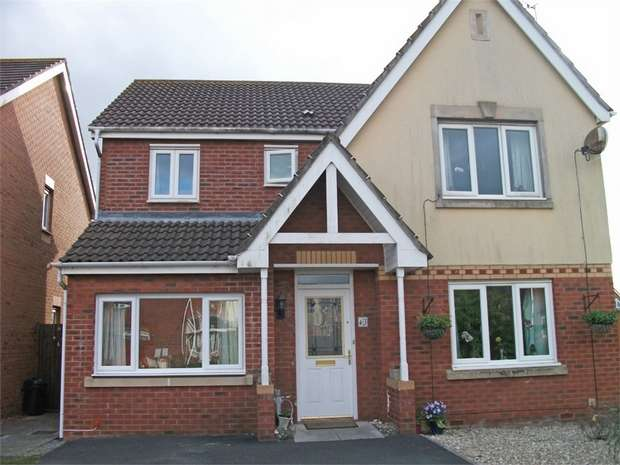 4 Bedrooms Detached House for sale in Trem Y Mynydd, Burry Port, Carmarthenshire