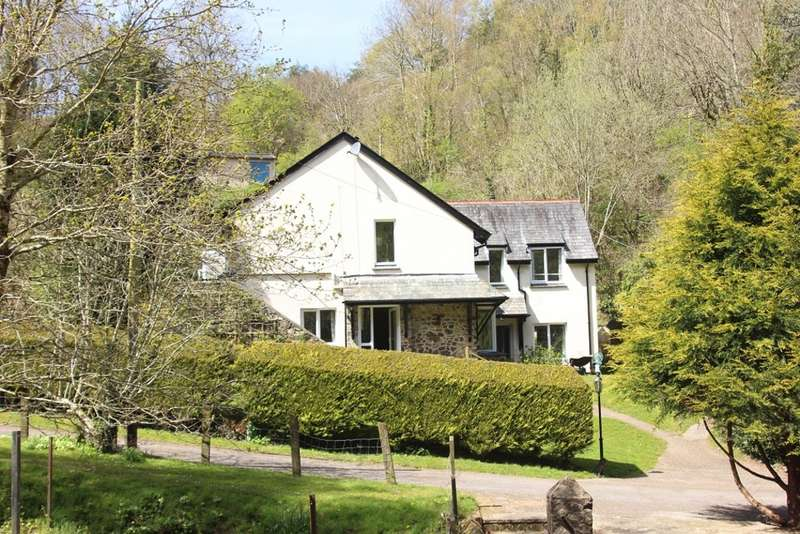 3 Bedrooms Detached House for sale in Bovey Tracey, Newton Abbot