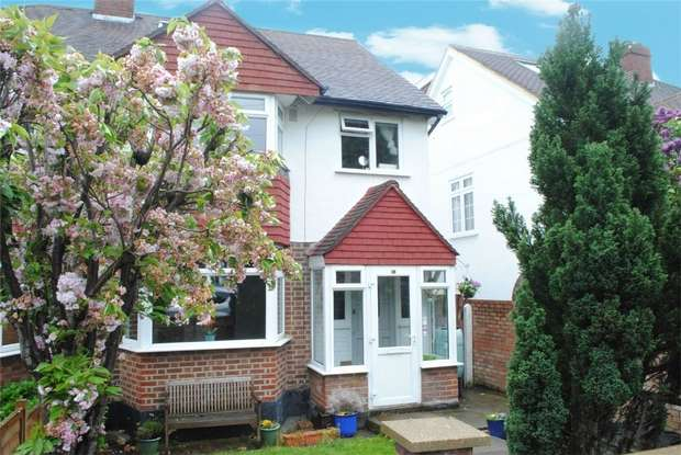 5 Bedrooms Semi Detached House for sale in Court Close, Twickenham