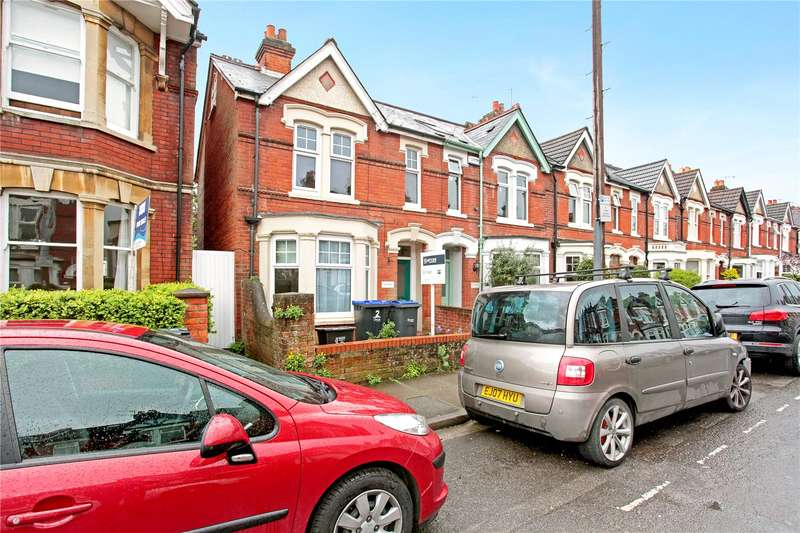 4 Bedrooms Semi Detached House for sale in Albany Road, Salisbury, Wiltshire, SP1