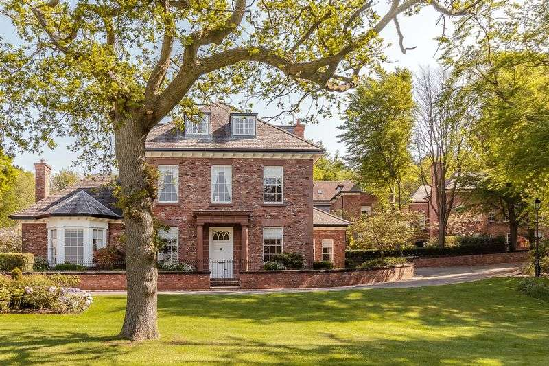 5 Bedrooms Detached House for sale in Manley Nr Frodsham