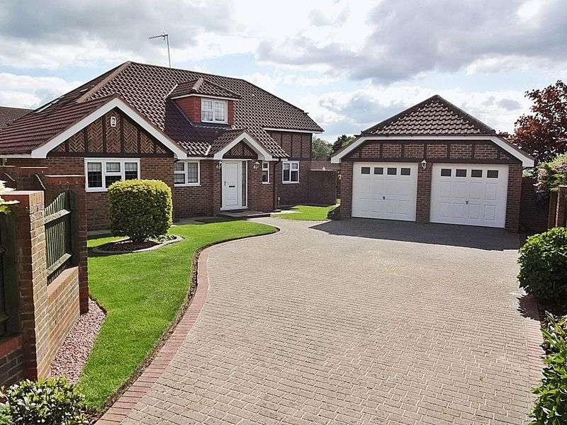 4 Bedrooms Detached House for sale in High Point