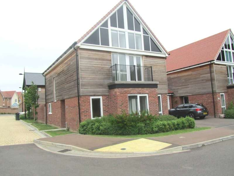 4 Bedrooms Detached House for sale in Poppy Close, Polegate