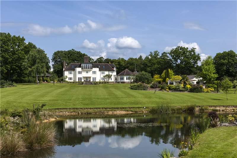 6 Bedrooms Detached House for sale in Slaugham, West Sussex, RH17