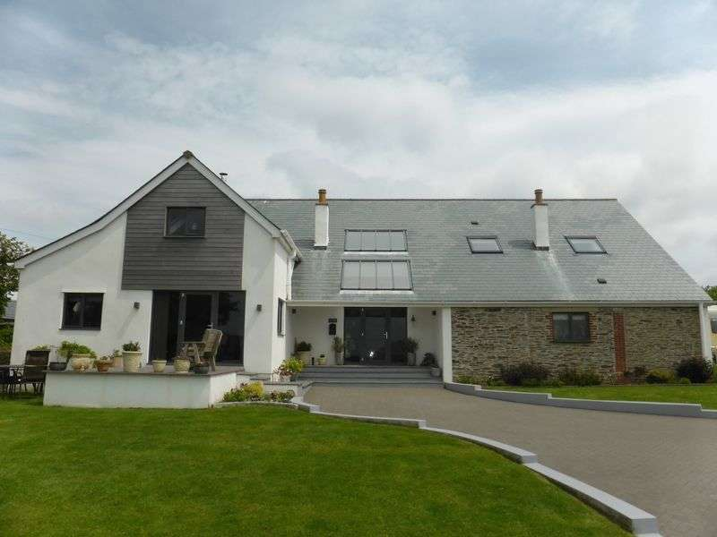 5 Bedrooms Detached House for sale in The Old School, Lanreath