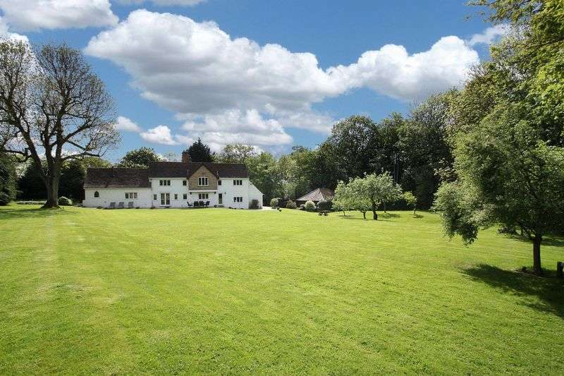 6 Bedrooms Detached House for sale in Tawney Lane, Abridge