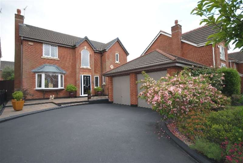 4 Bedrooms Detached House for sale in Crowther Drive, Winstanley, Wigan, WN3
