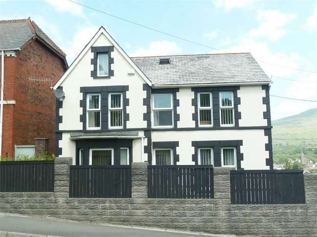 4 Bedrooms Detached House for sale in Neath Road, Maesteg, Maesteg, Mid Glamorgan