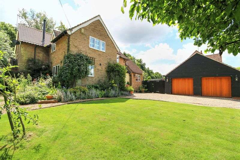 4 Bedrooms Detached House for sale in Station Road, Wilburton
