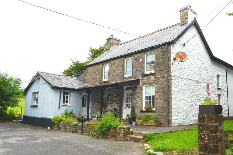 4 Bedrooms Detached House for sale in Penuwch, Tregaron