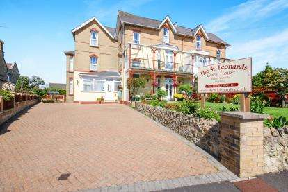 7 Bedrooms Hotel Commercial for sale in Shanklin, Isle Of Wight