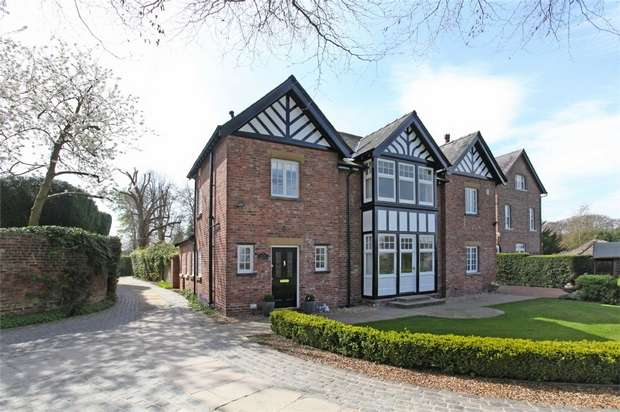 4 Bedrooms Semi Detached House for sale in Wilmslow Road, Mottram St Andrew, Macclesfield, Cheshire