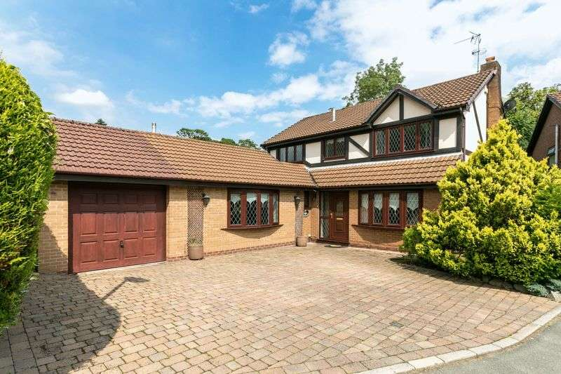 4 Bedrooms Detached House for sale in Satinwood Close, Ashton-in-Makerfield, WN4 9NL