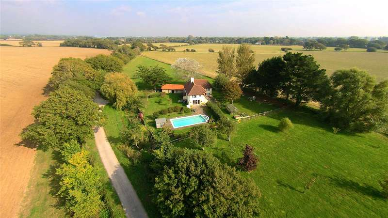 4 Bedrooms Flat for sale in Sheepwash Lane, West Wittering, Chichester, West Sussex, PO20