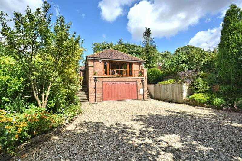 2 Bedrooms Detached House for sale in The Maltings, West Ilsley, Newbury